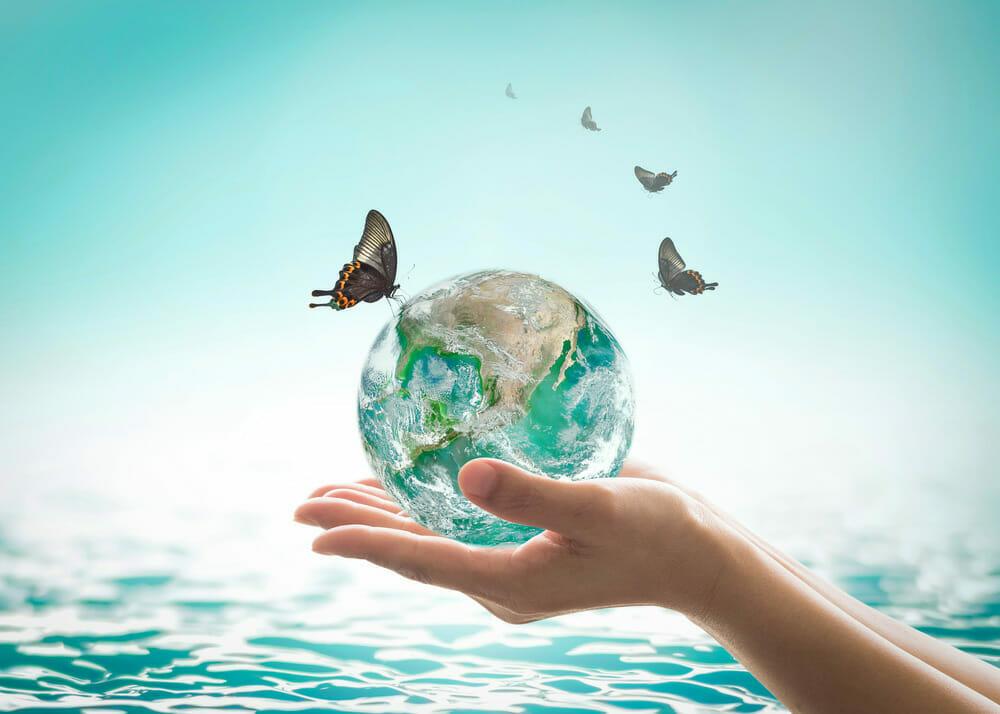 sanificazioni-ambientali-circondati-di-ambienti-e-superfici-sicure